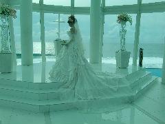グアムの海と花嫁姿